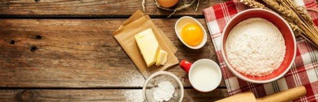 7 ingredientes esenciales para hornear en cualquier momento